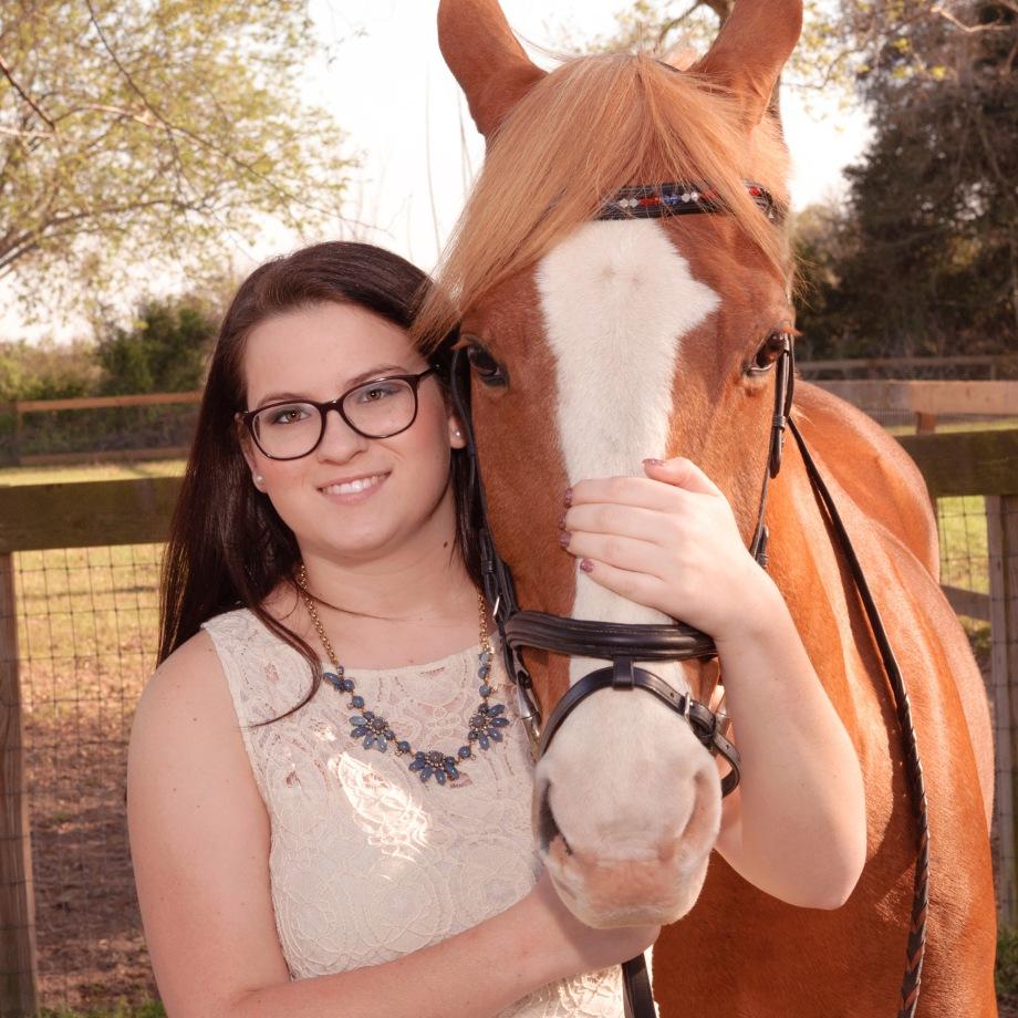 senior-portrait-girl-with-horse-houston-texas