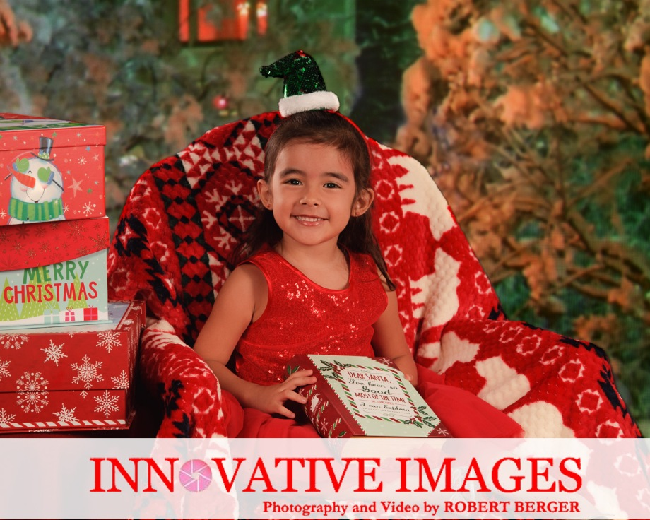 Christmas Holiday Photography Studio Houston, photo packages , ,Mini Christmas Studio Sessions, Christmas Cards, Digital Christmas Cards, Last Minute Studio Sessions Portraits of Character